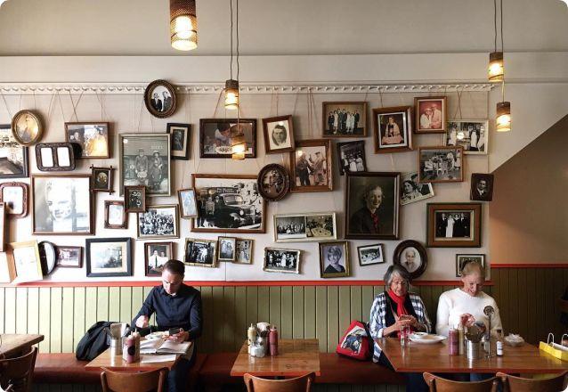 Wireless Social - Guest WiFi - Restaurant
